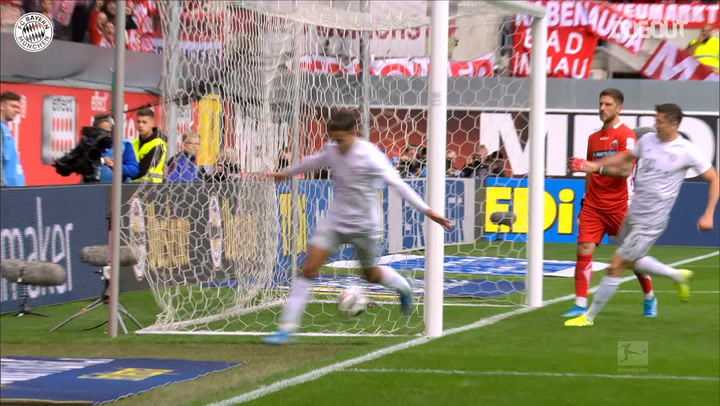 Philippe Coutinho strikes vs SC Paderborn