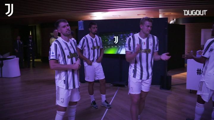 Bastidores da festa da Juventus pela conquista do Italiano de 2019/20