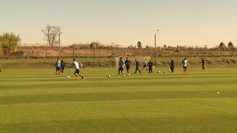 Tabárez esperanzado en recuperar a Suárez para la Copa América