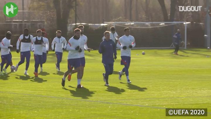 El Chelsea se entrena antes de enfrentarse al Sevilla