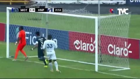 Roberto Moreira anota el 1-0 del Motagua ante Honduras Progreso
