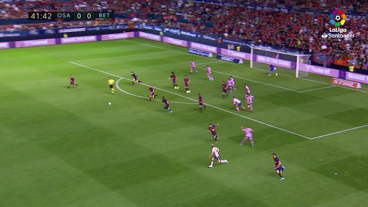 ¡Parece un entrenamiento pero es real! El seis contra dos de Osasuna ante el Betis