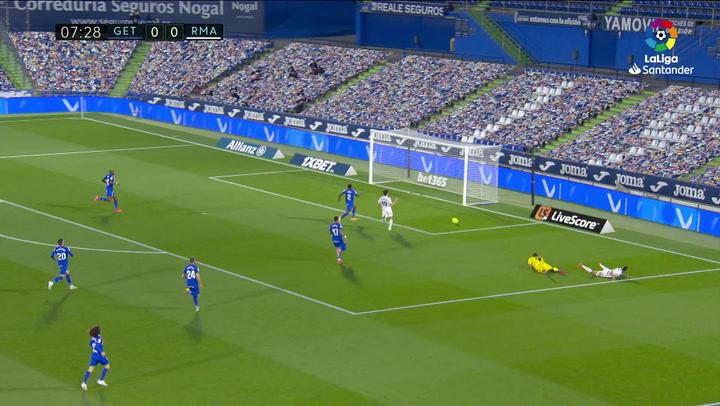 El VAR anuló un gol a Mariano por un fuera de juego milimétrico