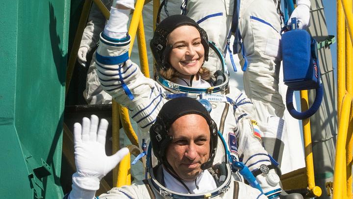 รอดูเลย! หนังเรื่องแรกของโลก ถ่ายทำจากนอกอวกาศจริงๆ