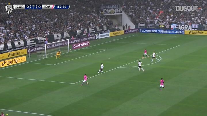 Gabriel Torres's dramatic goal vs Corinthians - Dugout
