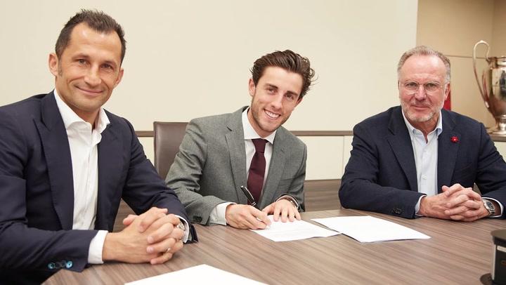 Oficial: Álvaro Odriozola, cedido al Bayern de Munich