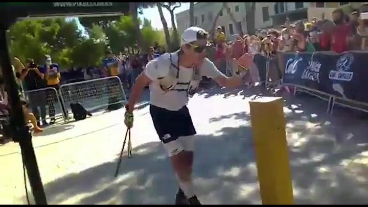 Pau Capell fulmina el récord de la vuelta a Menorca