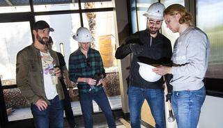 Golden Knights kick off renovation of new Downtown Summerlin restaurant – VIDEO