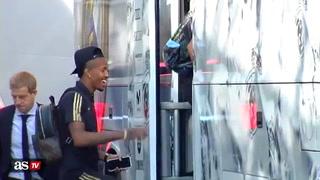 Ramos llegó tarde a la salida del Real Madrid: Marcelo y Militao se burlaron de su vestimenta