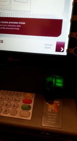 Investigan denuncia sobre un cajero adulterado para robar datos de tarjetas