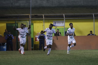 Platense derrota a un moribundo Honduras Progreso