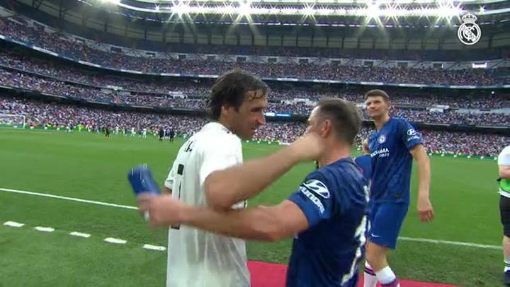 Raúl y Morientes lideran al Real Madrid Leyendas para ganar al Chelsea (5-4)