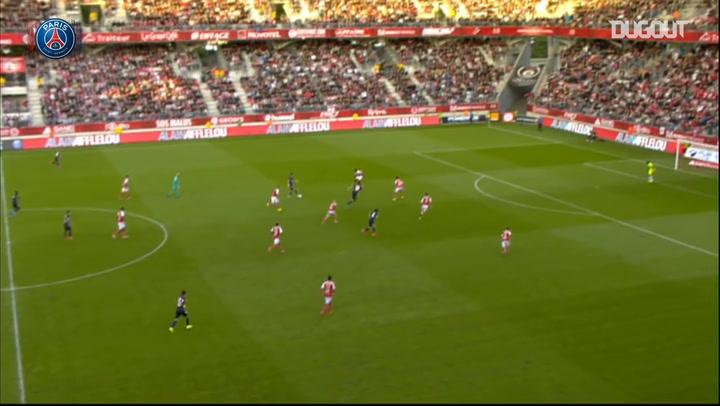 Edinson Cavani scores against Reims seconds after kick-off