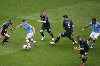 Manchester City golea al Newcastle y acaricia el subcampeonato