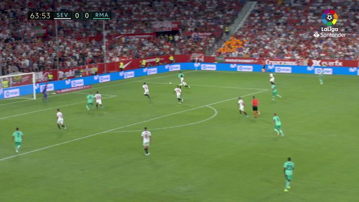 Gol de Benzema (0-1) en el Sevilla-Real Madrid