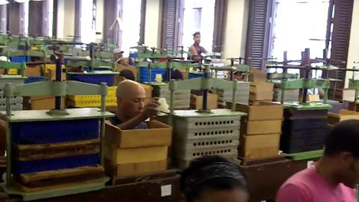 David Savona Visits The New H. Upmann Factory