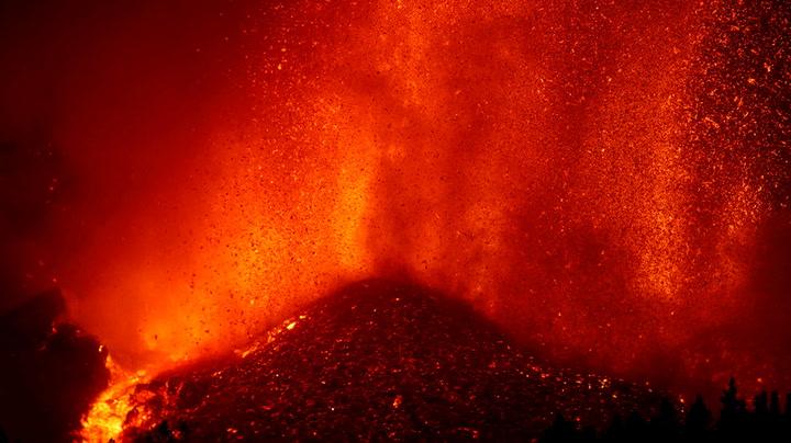 Watch live as lava spews from volcano on Spanish island La Palma