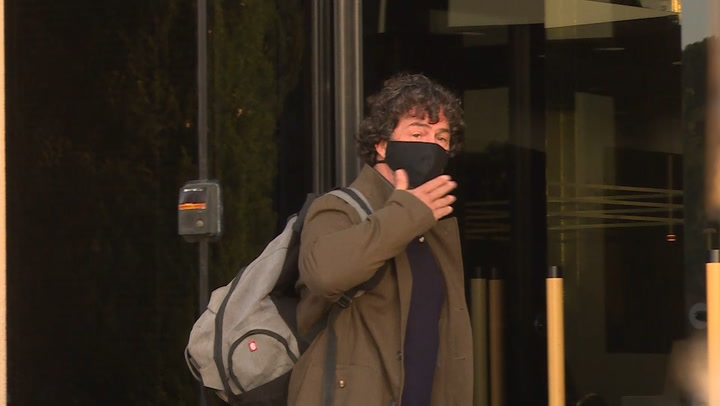 Nacho Palau llega al juicio que le enfrenta a Miguel Bosé por sus hijos