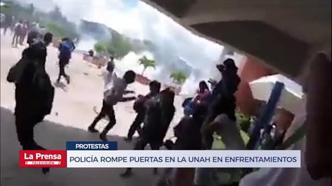 Policía rompe puertas en la UNAH en enfrentamiento con estudiantes