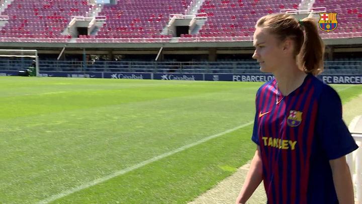 Presentación de Caroline Hansen, nueva fichaje del Barça femenino