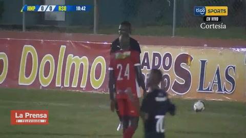 El penal que falló Edder Delgado contra la Real Sociedad
