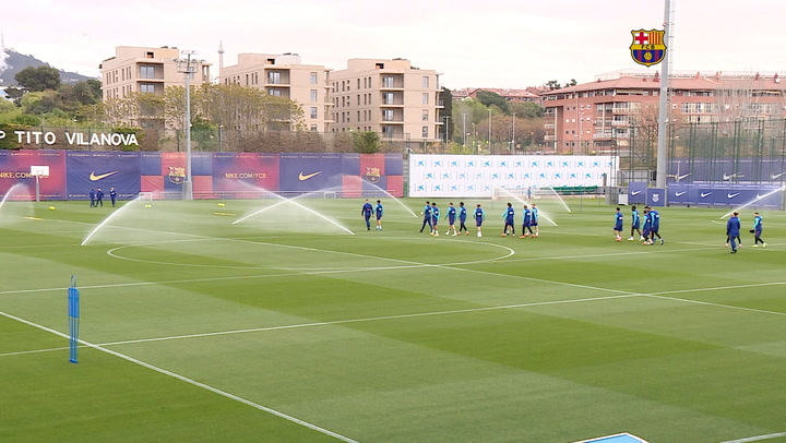 Último entrenamiento del Barça previo al Clásico