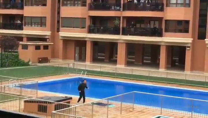 Juanjo Camacho, excapitán del Huesca, se convierte en profesor de gimnasia