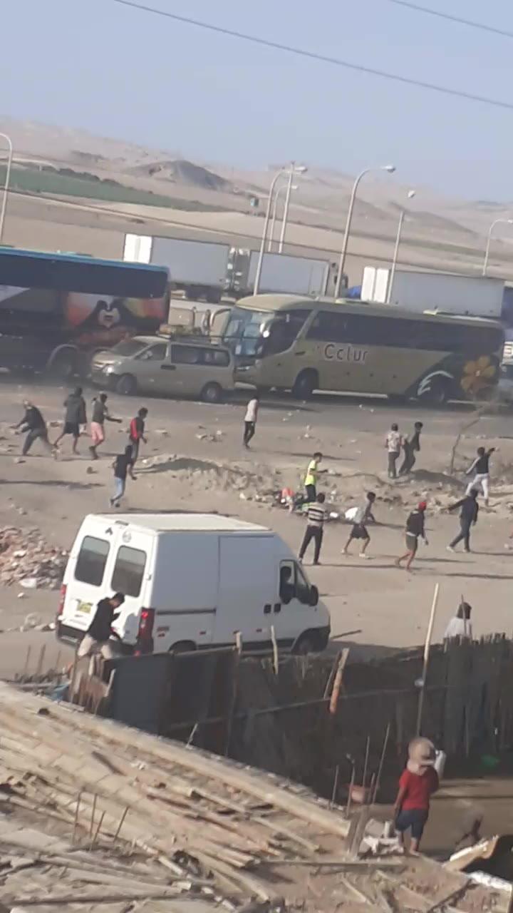 Paro agrario en Ica: Manifestantes y pasajeros se enfrentan a pedradas durante cuarto día de bloqueo de la Panamericana Sur
