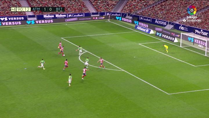 Gol de Luis Suárez (2-0) en el Atlético de Madrid 2-0 Betis