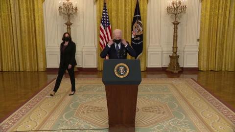 Biden acusa a piratas informáticos con sede en Rusia de ataque a oleoductos de EEUU