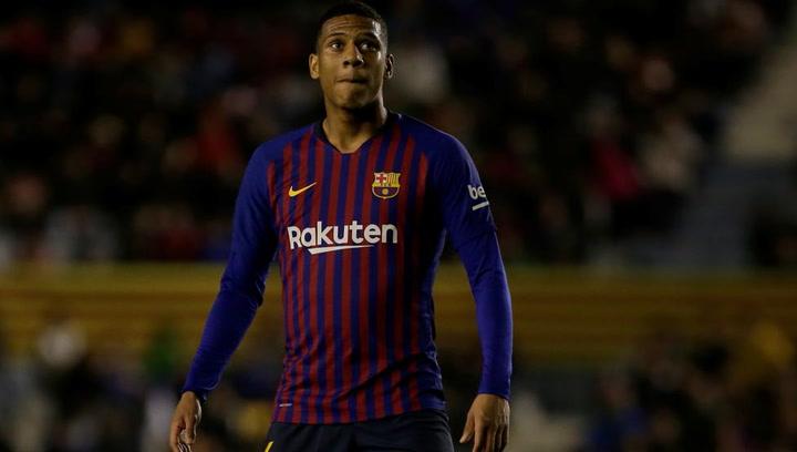 Así fue la presentacion de Todibo como nuevo jugador del Barça