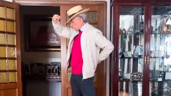 Ortega Cano se arranca a bailar mientras su hijo José María toca el piano ¡y Ana María Aldón lo graba todo!