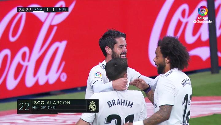 LaLiga: Real Madrid - Huesca. Gol de Isco en el minuto 25 (1-1)