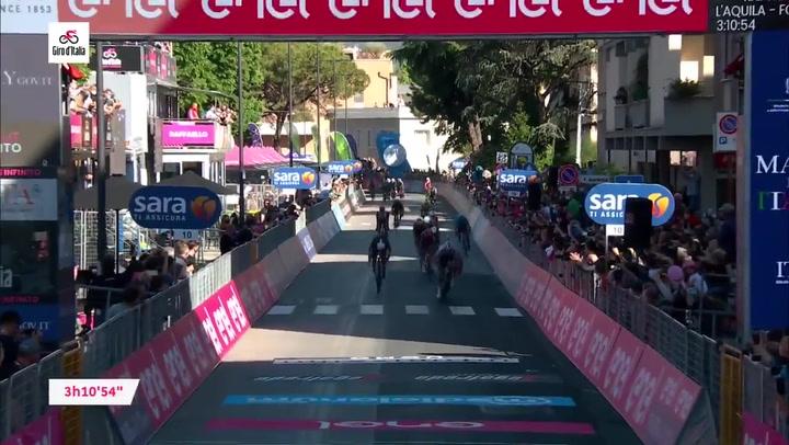 Peter Sagan se lleva la etapa 10 del Giro de Italia