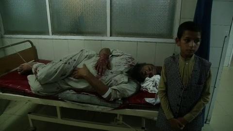 Suben a 38 los muertos y a 50 los heridos en el ataque del EI a una cárcel afgana