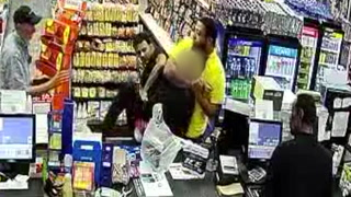 Violent robbery at Las Vegas convenience store