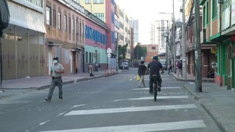 Agobiada por la pandemia, Bogotá pasará otro fin de semana en encierro total