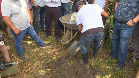 Con viejas recetas, español reforesta Amazonía peruana