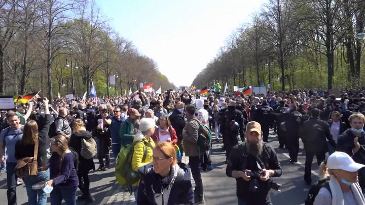 Manifestación en Berlín contra las restricciones frente a la Covid