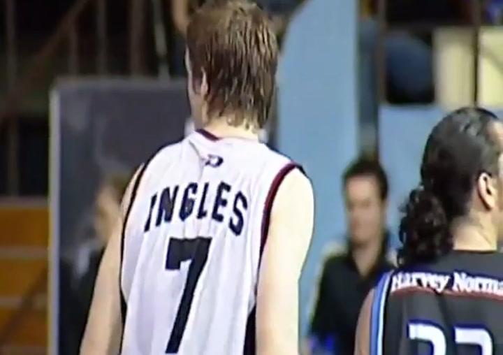 14 años del sensacional debut de Joe Ingles en Australia
