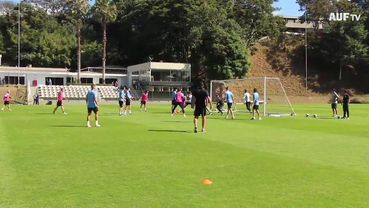 Último entrenamiento de Uruguay antes del debut en Copa América