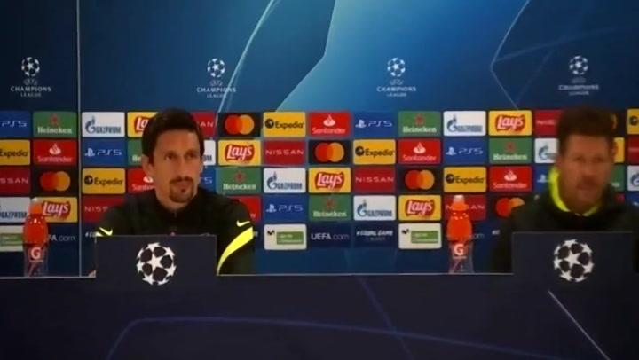 Rueda de prensa de Simeone y Savic, previa del Atlético Madrid - Chelsea