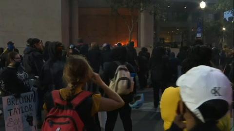 Dos policías heridos de bala en protestas en EEUU por caso Breonna Taylor