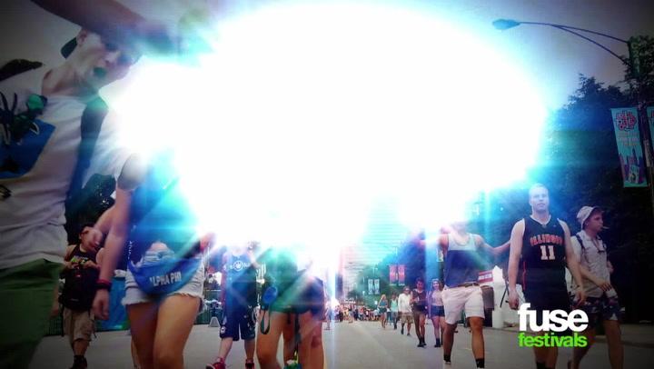 Betty Who on Internet Fame & LGBT Fanbase - Lollapalooza 2014