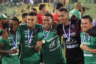 Denovan Torres, héroe en la Súpercopa atajando dos penales a Platense