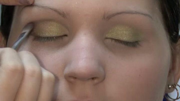 Hvordan sminke øynene til fest