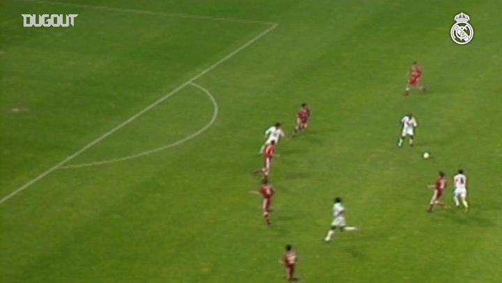 Throwback: Seedorf Sparks Comeback Vs Sevilla