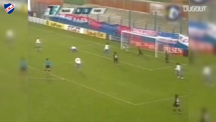 Luis Suárez's first professional goal
