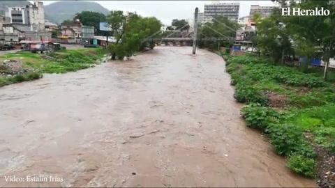 Río Choluteca aumenta de caudal considerablemente en la capital