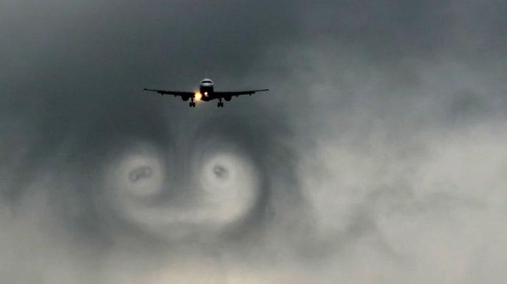 Skikkelig flyporno. Vær så god!